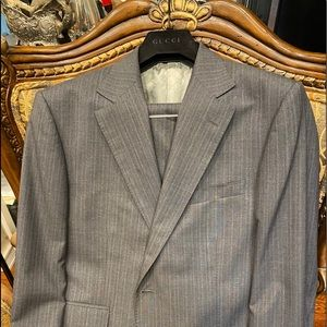 Gucci suit 42su/52 Eur New never worn